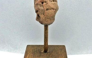 RARE! 300-800 AD Pre Columbian Face Clay Pottery Head