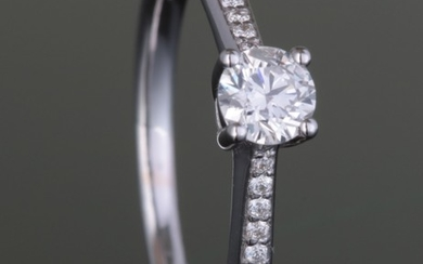 Ring with brilliant cut diamonds 0.35ct