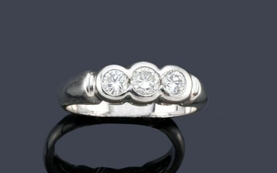 Triplet in 18K white gold with diamonds in approx. 0.52