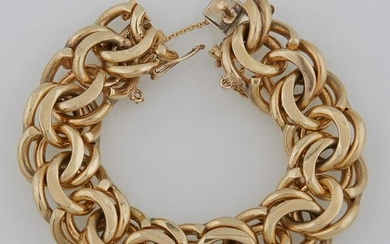 14K Yellow Gold Vintage Circular Link Bracelet, with a