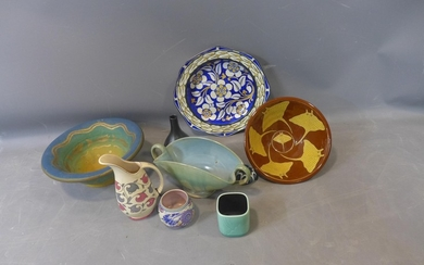 An assorted collection of ceramics, to include a Jason Shack...