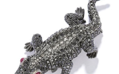 A RUBY AND DIAMOND ALLIGATOR BROOCH in 18ct gold, the