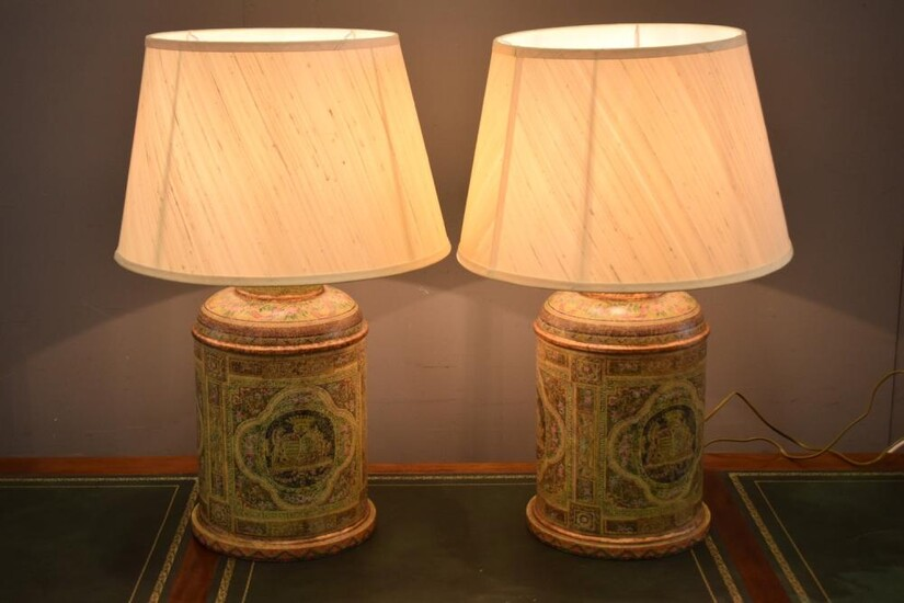 A PAIR OF HAND PAINTED CADDY LAMPS (71 CM H)