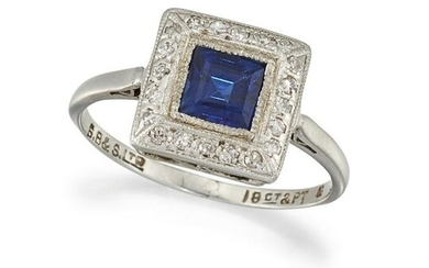 A SAPPHIRE AND DIAMOND CLUSTER RING, MID 20TH CENTURY