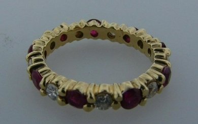 CHIC 18k Yellow Gold, Diamond & Ruby Band