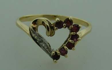 Cute DIAMOND RUBY YELLOW GOLD RING HEART DESIGN Classy