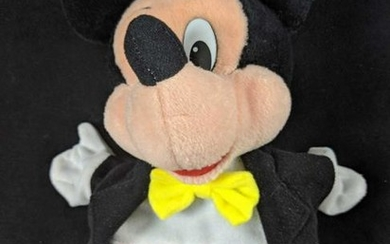 Disney Mattel Mickey Mouse Disneyland Toontown Puppet