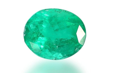 Emerald: oval, valuable, natural emerald of good quality,...