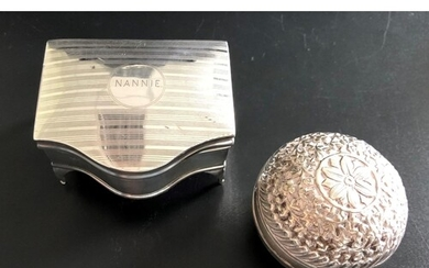 GEORGE V SILVER TRINKET BOX the serpentine fronted box with ...