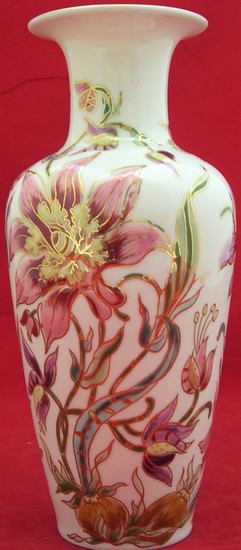 Hand-painted vase of Zsolnay, Hungary, marked & signed to ba...