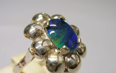 OPAL RING ANTIQUE SILVER 935.