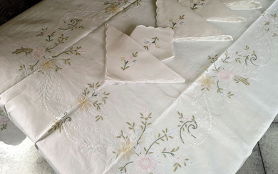 Pure linen tablecloth x12 P. solid hand embroidery - Linen - after 2000