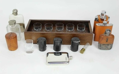 Set of ten etched glass peg marker shot glasses, numbered 1 to 10, in fitted wooden case, together with five hip flaks and assorted field glasses in cases
