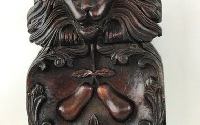 Wood carving - lion head and floral motifs - Walnut - 19th century