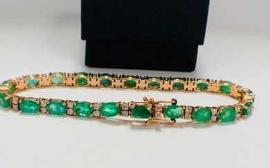 14ct Rose Gold Emerald and Diamond bracelet featuring,...