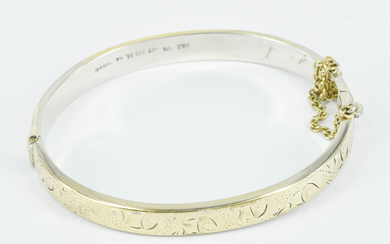 A NEW ZEALAND SILVER BANGLE