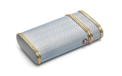 Andrei Karlovich Adler: A Russian two-colour gold and silver cigarette case with translucent blue enamel on guilloched ground. H. 10 cm. W. 5.5 cm.