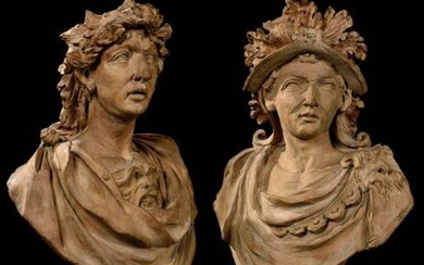 East Germany or Austria, 18th century Portraits of a kaiser with a radiated crown and a general wearing a helmet, dressed in antique style Pair of large terracotta busts H: 79 and 82 cm Accidents and restorations