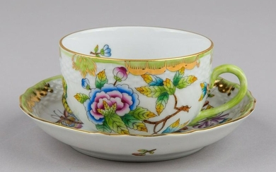 Herend Queen Victoria Tea Cup with Saucer 1726/VBO I.