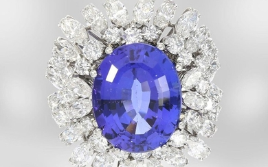 Ring: exclusive and exceptionally beautiful tanzanite/diamond gold ring...