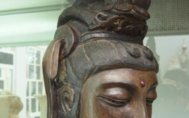 A 19TH CENTURY CHINESE CARVED WOODEN BUST OF A GODDESS H.44CM