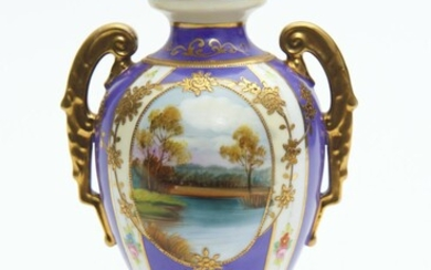 A NORITAKE PORCELAIN TWO HANDLED VASE, PAINTED WITH LANDSCAPE SCENES WITHIN A MAUVE BORDER, 19.5 CM HIGH, LEONARD JOEL LOCAL DELIVER...
