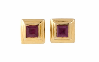A PAIR OF RUBY EARRINGS, princess cut in 18ct yellow gold