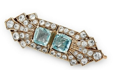 An early 20th century paste double clip brooch.