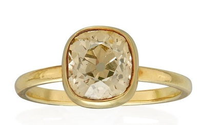 An eighteen karat gold and yellow diamond ring set...