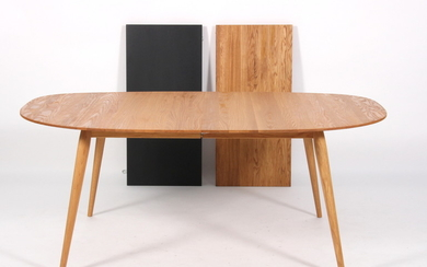 BruunMunch, dining table with extension leaves, model PLAYdinner (3)