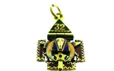 MASONIC 14k Yellow Gold & Enamel Charm Circa 1900s