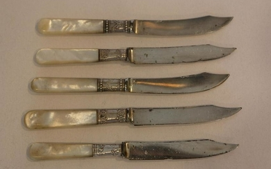 MOTHER OF PEARL STERLING RINGED KNIFE SET