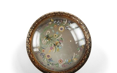 Pique Snuff Box with Bird on Spring - A most unusual Pique a...