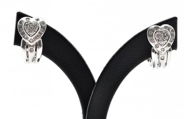 A PAIR OF DIAMOND EARRINGS WITH HEART SHAPED SURMOUNT TO POST AND CLIP FITTINGS, IN 14CT WHITE GOLD, 6GMS