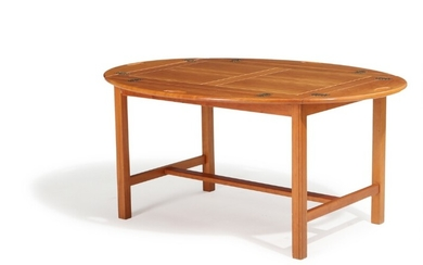 A solid cherry wood butler's tray. Marked Gretoma, 1997. H. 55. L. 120. W. 89 cm.