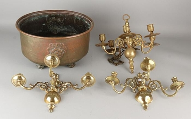 Antique brass four times. 19th century. Comprising