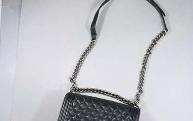 CHANEL Black Leather Purse with Shoulder Strap - Clean