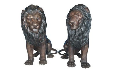 "Pair of life size lion bronze statues - Size: 55""L x"