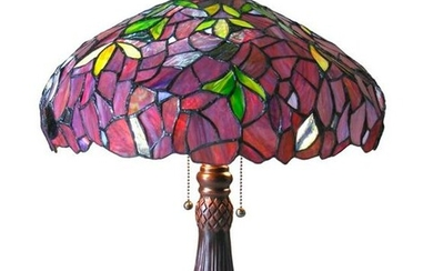 Tiffany-style Wisteria Stained Glass Lamp