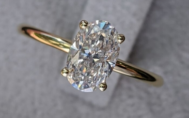 1 Carat VS1 Oval Engagement Ring - 14 kt. Yellow gold - Ring - 1.01 ct Diamond