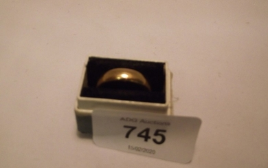 22ct gold vintage band ring