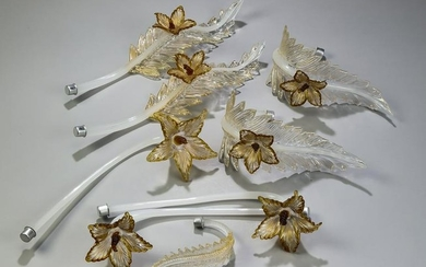 (8) Italian Murano hand-formed glass flowers & leaves