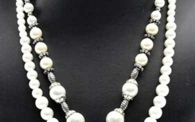 A FAUX PEARL AND SHELL NECKLACE, TOGETHER WITH A FAUX PEARL NECKLACE
