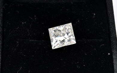A LOOSE PRINCESS CUT MOISSANITE WEIGHING 4.02CTS