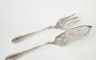A PAIR OF SERVING PIECES O CUTLERY 31cm - .833 silver - Europe - Mid 20th century