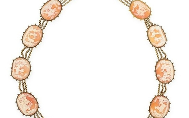 AN ANTIQUE CAMEO NECKLACE, 19TH CENTURY in high carat