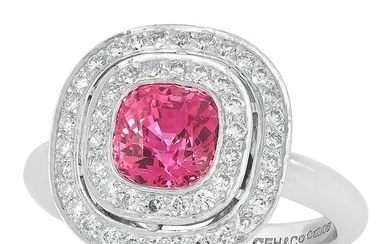 AN UNHEATED PINK SAPPHIRE AND DIAMOND CLUSTER RING in