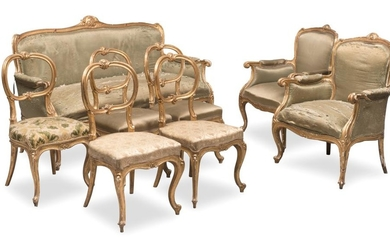 BEAUTIFUL LIVING ROOM SET IN GILTWOOD - ROMAN MANUFACTURE - 19TH CENTURY