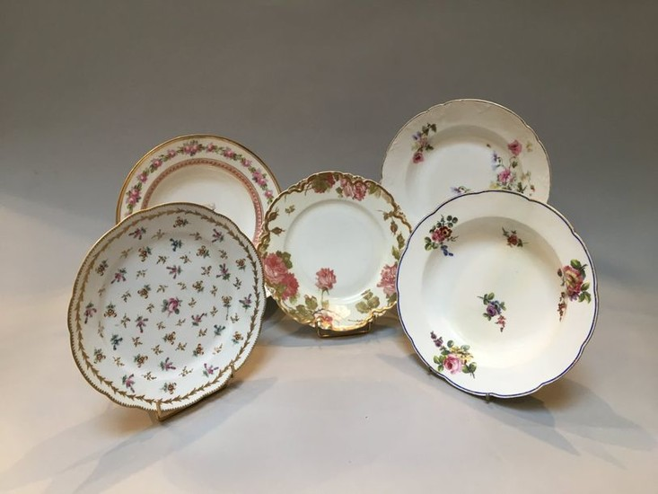 Set of five plates with a flower