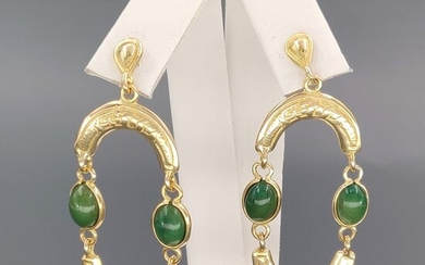 Yellow gold - Earrings - 3.20 ct Green Jade Caboghon